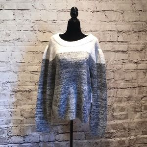 SOFT cozy sweater grey cream wool blend